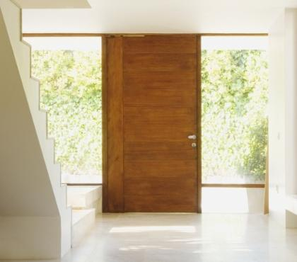 drzwi wyjściowe domu